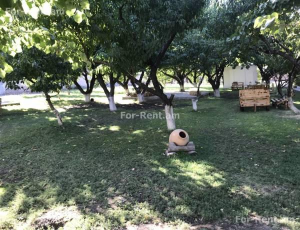 komercion-vacharq-Ararat-Masis