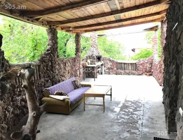 arandznatun-vacharq-Yerevan-Norq-Marash
