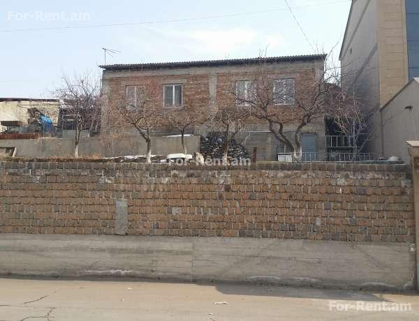 4-senyakanoc-arandznatun-vacharq-Yerevan-Achapnyak