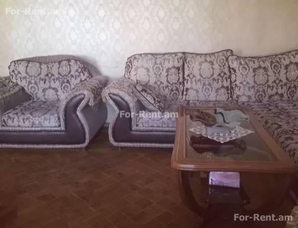 arandznatun-vacharq-Yerevan-Center